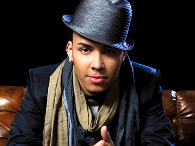 His dimples & voice, Prince Royce. <3