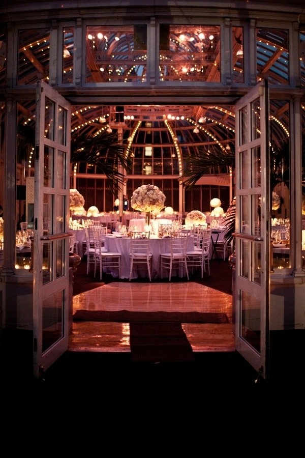 The Palm House At Brooklyn Botanic Garden Wedding By Brookelyn Photography Gardens Romantic