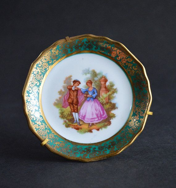 Small Limoges Collector Plate Complete With Stand and Hanger