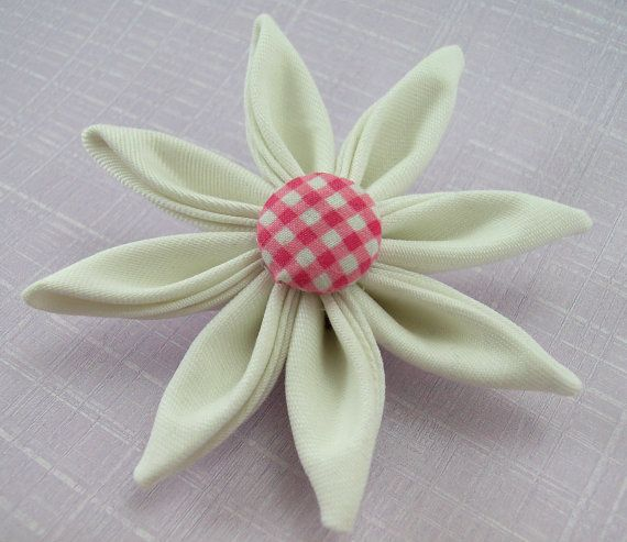 Kanzashi Fabric Flower Tutorial ... Immediate download available.    This listing is for the instructions to make these beautiful single or