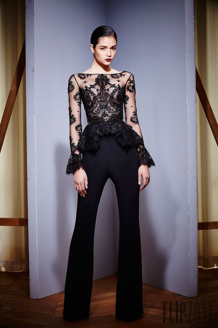 Zuhair Murad Otoño-Invierno 2015-2016 - Pret a porter - http://es.flip-zone.com/fashion/ready-to-wear/fashion-houses-42/zuhair-murad-5559