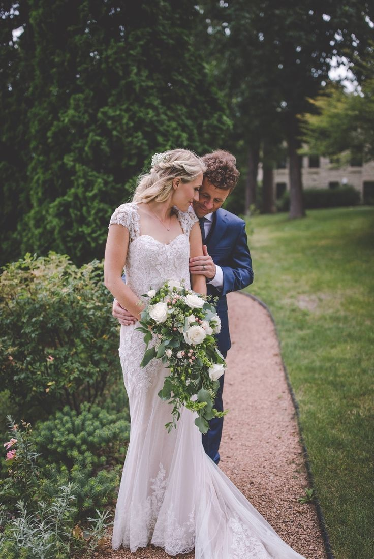 Intimate Lake Front Wedding in Oconomowoc, Wi | Holly & Rich