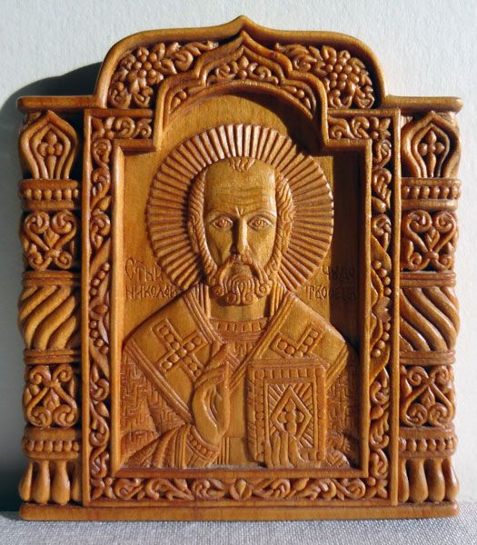 miniature Saint Nicholas Of Myra 7.1×8 cm; cypress wood, natural linen oil varnish, 2004; in a private collection Elena & Sergio niko..