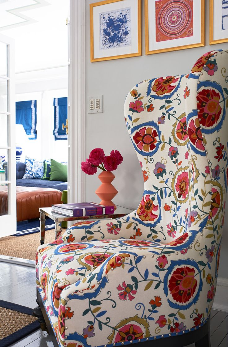 Living Room Chairs For Bad Backs 25 Best Floral Sofa Trending Ideas On Pinterest Floral Couch