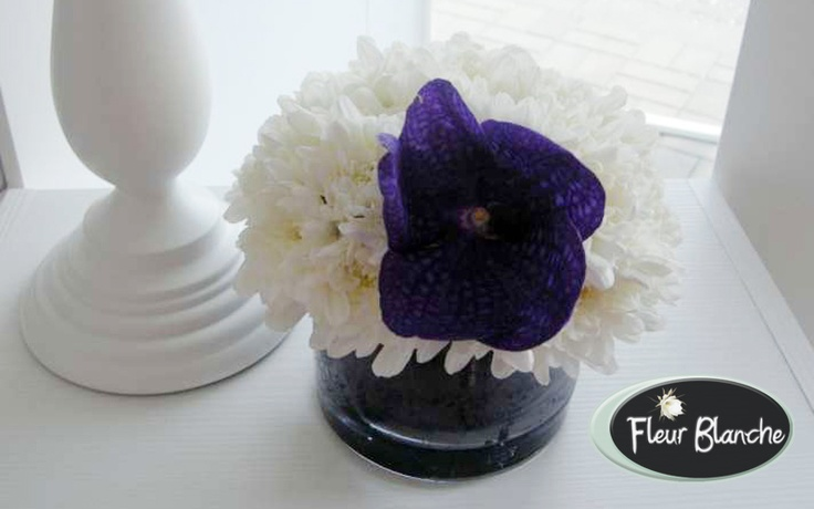 Caresse de Fleurs - simte delicatetea florilor la nunta ta  http://www.florariafleurblanche.ro/produs/caresse-de-fleurs