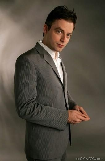 Andy Bottwin (Justin Kirk)  OMG....this guy is my ultimate guy...the twinkle in his eye.....
