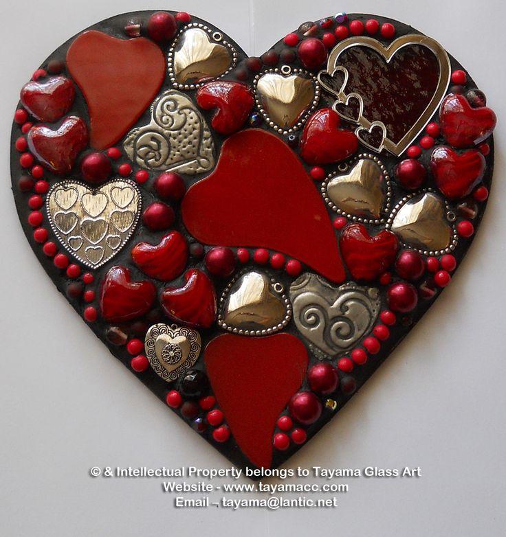 Mosaic Heart - Red -https://www.facebook.com/groups/TayamaCrafts/