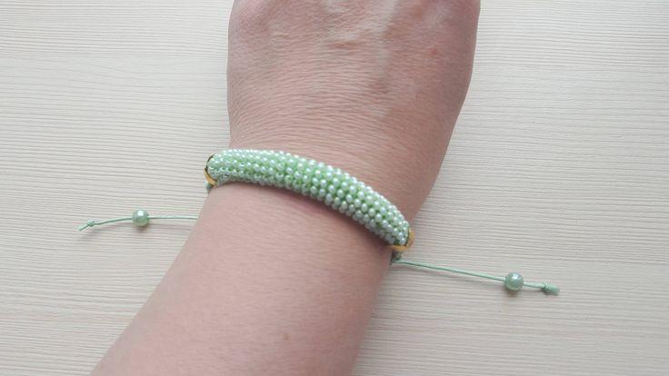 Bracelet for women the Bracelet from the Bracelet beads as a gift. A gift for the woman. by ManybraceletsDesign on Etsy