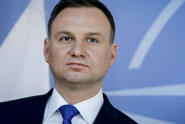 • Większość Polaków źle ocenia działalność parlamentu - wynika z sondażu CBOS  • Natomiast duża część z nich pozytywnie wypowiada się o pracy prezydenta