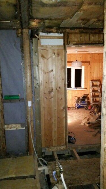 Døråpning inn til stuen.
