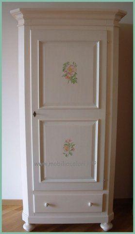 Oltre 25 fantastiche idee su mobili dipinti su pinterest - Stile country chic mobili ...