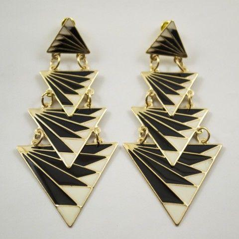 Boucle d'oreille triangles noir et blanc. #bijoux #mode