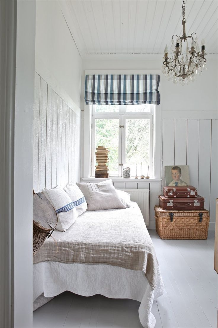 17 Best Ideas About Beach Cottage Bedrooms On Pinterest Cottage Bedroom Beach Cottage Bedroom Country Bedroom
