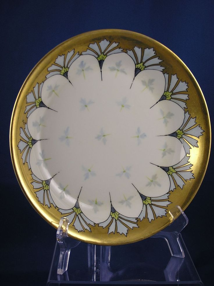 Offered for purchase is a beautiful Haviland Limoges Pickard Studios Cornflower Conventional Design Bowl (Signed Tolley for Harry E.