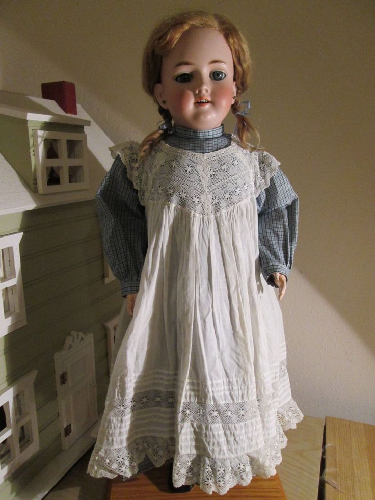German Antique Handwerck 119 from Doll Museum | eBay