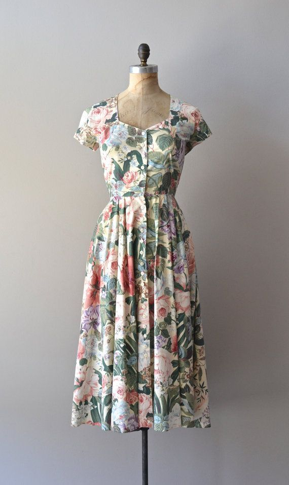 awesome vintage floral dress / floral print dress / Wycombe Park dress...