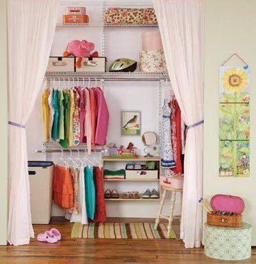 Decoraciones y Modernidades: Diseña y decora con modernos closets para adolescentes 2012