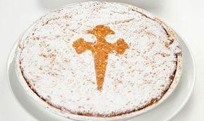 La Tarta de Santiago o Torta compostelana, es un postre tradicional de la cocina gallega, concretamente de Santiago de Compostela. La receta se compone principalmente por