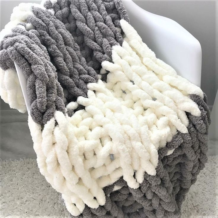 Jumbo Chenille Blanket Two Colors Double Rib Chenille Blanket Arm Knitting Blanket Chunky Knit Blanket Diy