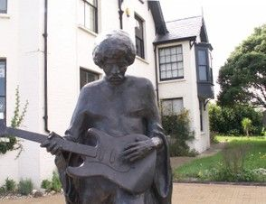 Bronze Statue of Jimmy Hendrix at Freshwater, Isle of Wight