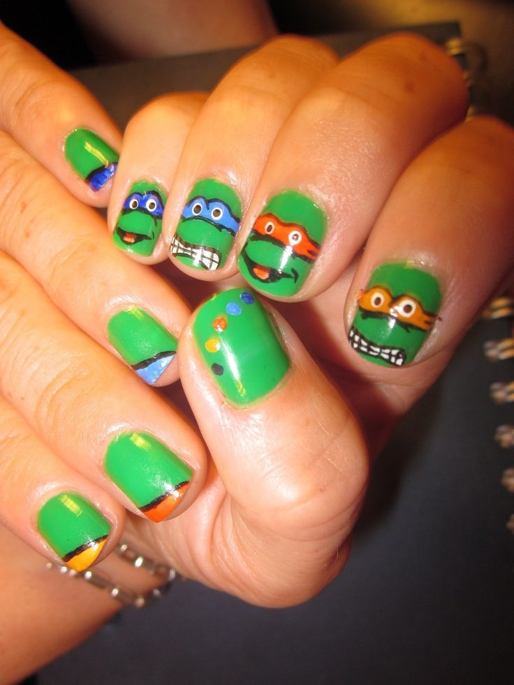 Ninja Turtles Nails.....I wish i could do this...