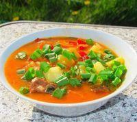 «Бограч», венгерский суп. Рецепт этого вкуснейшего супа, мне привез приятель из Западной Украины, теперь готовлю его регулярно. Можно готовить из разного мяса ( говядина, телятина, баранина), у меня телятина. Так же его готовят в казане и на костре. Всем рекомендую!)