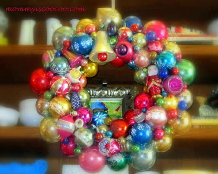 mommy is coo coo: How to Make a Christmas Ornament Wreath