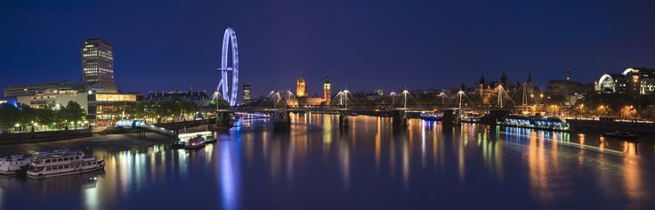 London by night is one of the most beautiful / comforting things I've ever seen.