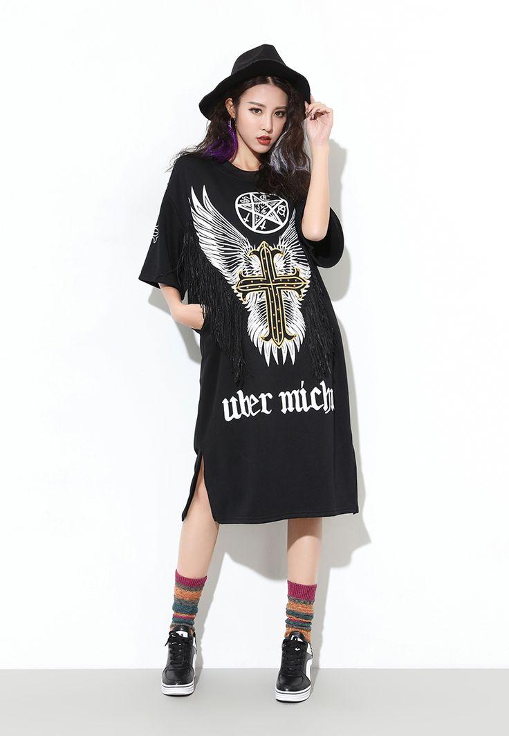 Resultado de imagem para black t shirt dress plus size tattoos