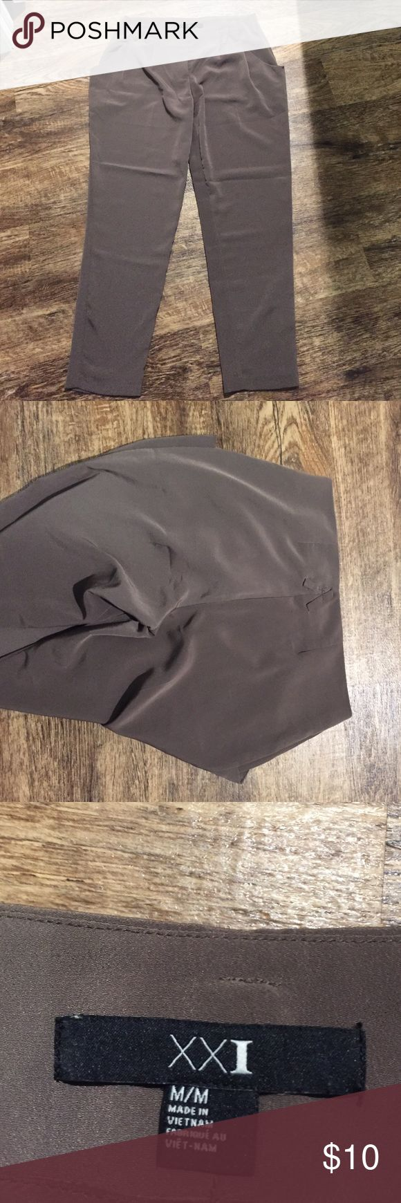 Forever 21 brown slacks Brown slacks from forever 21. Size medium fits like 4-6. Great condition only worn a few times. Forever 21 Pants Trousers