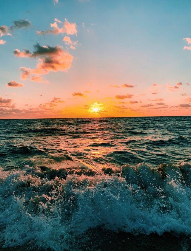 Naomishwartzer Sky Aesthetic Ocean Wallpaper Photo Wall Collage