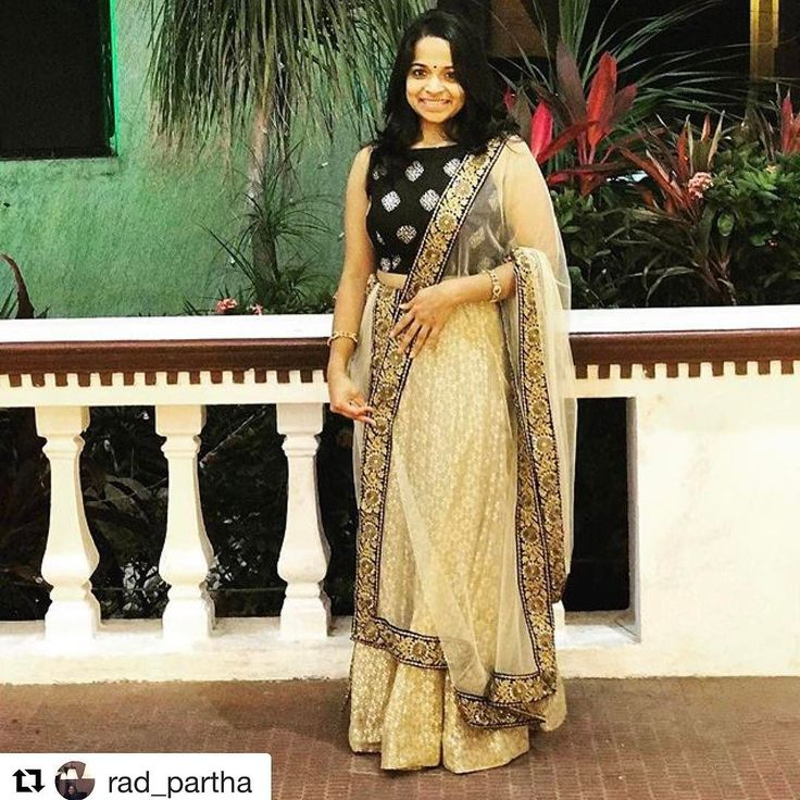 @rad_partha looking super cute in her custom designed blouse from @houseofblousedotcom #customerlove #customercreation  #Repost --- At a big fat Indian wedding #ootd. Crop top from @houseofblousedotcom  #lehenga