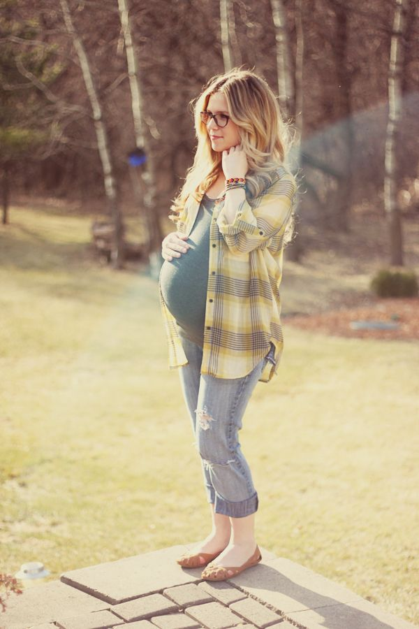 That'd be nice if everyone could look this gorgeous pregnant..