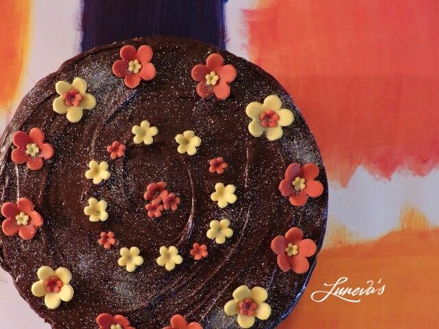 Come and #enjoy this #delicious, #fruity #banana-#chocolate #cake! #lunevas