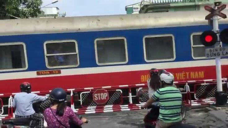 Paso del tren - Vietnam