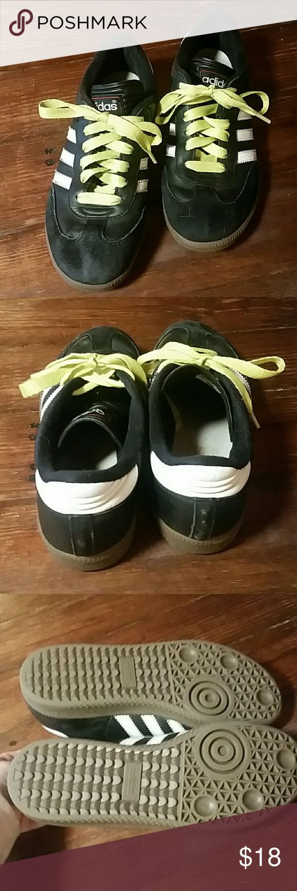 ADIDAS SAMBA SOCCER SHOES LIKE NEW ADIDAS SAMBA SOCCER SHOES LADIES SIZE 5.5 adidas Shoes Athletic Shoes