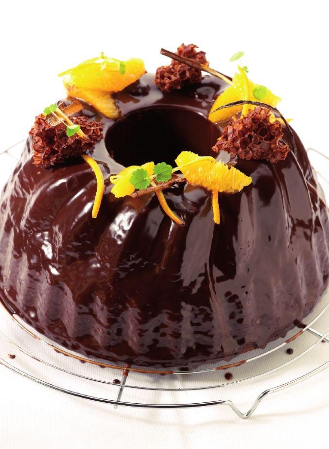 Sienaasappelcake met chocolade http://njam.tv/recepten/sinaasappelcake-met-chocolade