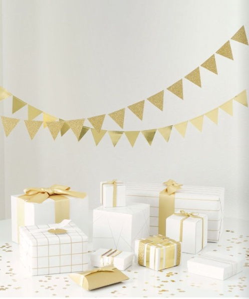 White and gold- Xmas colours for 2012
