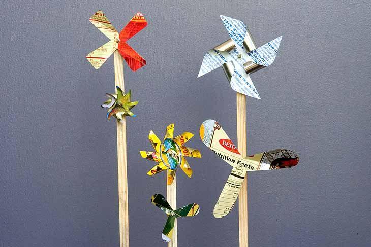 Tin pin-wheel tutorial.: Wind Toys Lisagallup, Projects, Tinplate Wind, Tutorial, Fun Ideas, Project Ideas, Garden, Craft Ideas