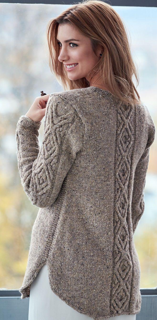 Пуловер узором с косами описание