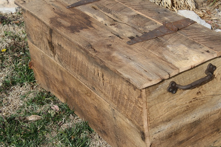 Your Customized Reclaimed Rustic Barn Wood Storage Chest