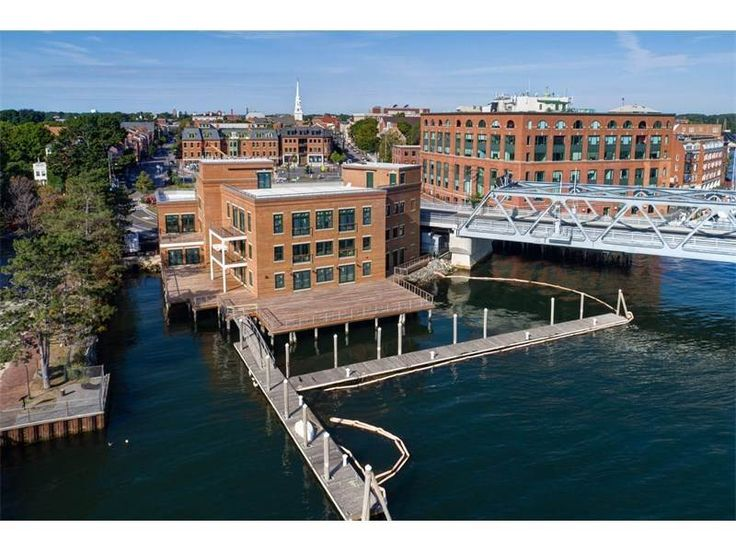 View this luxury home located at 10 State Street Unit C Portsmouth, New Hampshire, United States. Sotheby's International Realty gives you detailed information on real estate listings in Portsmouth, New Hampshire, United States.