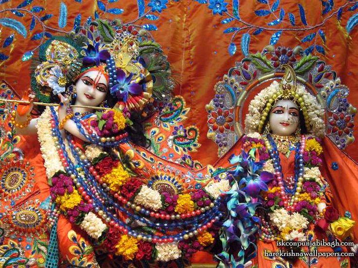 http://harekrishnawallpapers.com/sri-sri-radha-radhikaraman-close-up-iskcon-punjabi-bagh-wallpaper-002/