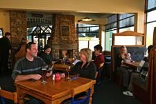 DH Luxmore - Bailiez Cafe (H-Res) Distinction Hotels Lake Te Anau, Luxmore Hotel