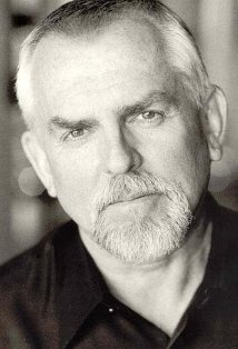 John Ratzenberger is actually a good-looking guy, but his Cliff Claven of a thousand (self-) important keys and factoids was so blisteringly good, you didn't realize the actor underneath was kind and observant of human nature.