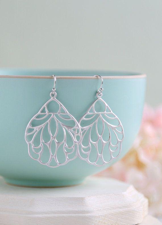 Grote mat zilver filigraan oorringen. Boho Chic Marokkaanse Bohemian filigraan Dangle Earrings, moderne dagelijks oorbellen