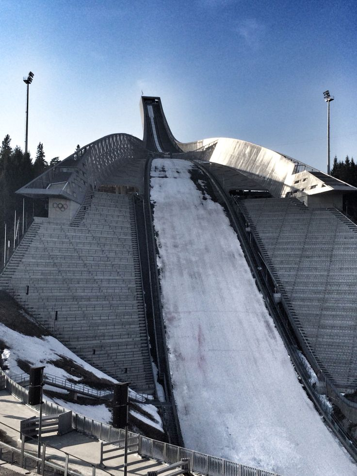 Holmenkollen in Oslo! Photo by @villatverrteigen