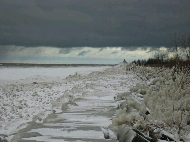 Beaches In Ashtabula Ohio The Frozen Brick Wall Of Walnut Beach It Gets Real Cold On Lake Hometown Love 2018 Pinterest