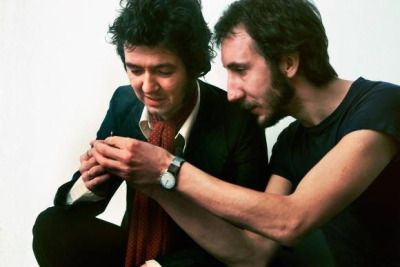 Pete (who) and Ronnie Lane (small faces, face)