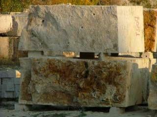 Tömbkő Budakalászi mészkő Limestone from Hungary